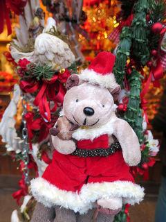 今度こそ癒されたい! バーデン&ザルツブルクひとり旅(12)ウィーン市庁舎のクリスマスマーケットでサンタになる
