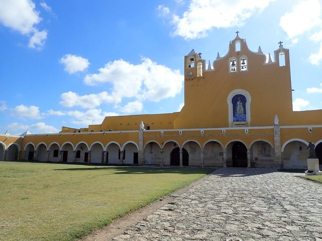 メキシコ政府が認定している魅力的な町の黄色い町「イサマル」とカラフルな町「バジャドリ」行ってきました!!!