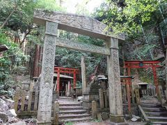 京都一周トレイル 東山コース 伏見・深草ルート後半(堂本印象の鳥居が素敵な大岩神社)