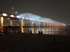 韓国61回目 ~トッケビナイトマーケット・盤浦大橋レインボー噴水 ③ ~