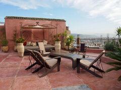 モロッコの古都フェズで最高級のリヤドに泊まる