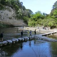 新緑の養老渓谷ハイキングと日帰り温泉