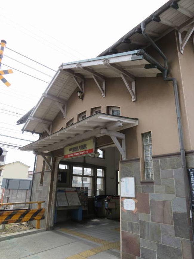 諏訪ノ森は南海本線の堺市西区にある駅です。かつては南隣の浜寺公園駅とともに住宅街にある駅でした。しかしドーナツ化現象で急速に高齢化が進み、町の様子も変わりつつあります。境の古い住宅街を紹介します。