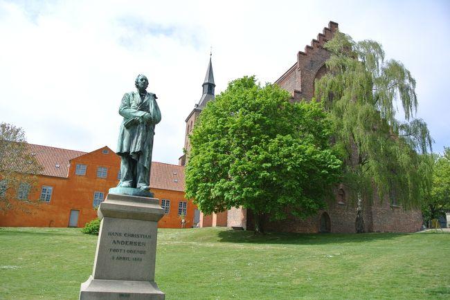 GWはバンコク経由でデンマークに行ってきました。<br />こちらの旅行記は〇の箇所のオーデンセ日帰りになります。<br />コペンハーゲンから電車で1時間半位です。日本で事前にチケットを購入。<br />オーデンセはアンデルセン生誕の地になります。<br />お天気の良い中街歩きをしてきました。<br /><br />  2019年4月27日TG683 羽田→バンコク<br /> 2019年4月28日TG950 バンコク→コペンハーゲン 到着後コペンハーゲン観光<br /> 2019年4月29日   AM:日帰りスウェーデン・マルメ  PM:ロスキレ観光<br /> 2019年4月30日   コペンハーゲン観光<br />〇2019年5月1日   日帰りオーデンセ観光<br /> 2019年5月2日   AM:コペンハーゲン街歩き <br />         TG951コペンハーゲン→バンコク<br /> 2019年5月3日 TG676バンコク→成田<br /> 宿泊ホテル:Good Morning Copenhagen Star