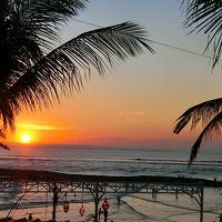 初めてのバリ島�ナイトマーケットと海(サヌール、クタ)