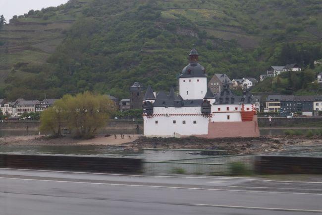 ドイツ旅行記2019 Part5: (4/26) 列車からのライン川巡り。