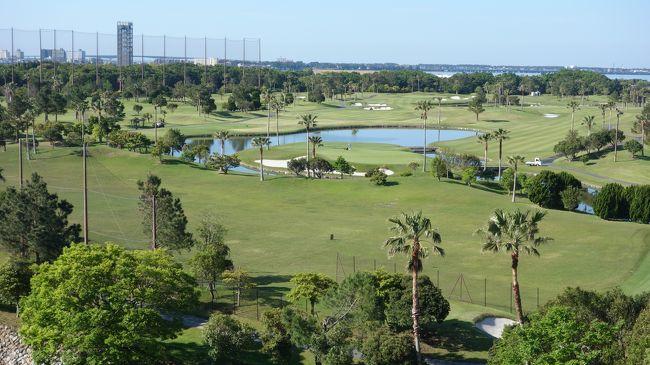 浜名湖ガーデン・パークに新設するゴルフ場に隣接するホテルに泊まりました。湖畔の静かなリゾート・ホテルと予想していたのですが、一口で言うと、ゴルフ客用のホテルでした。期待はずれでした。