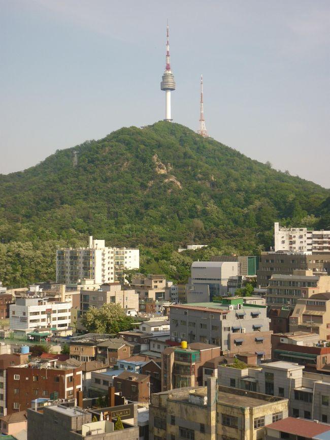 一年振り、たぶん19回目の渡韓で、母とは3回目のソウル旅行。行ったところ・食べたものの備忘録です。<br />移動は全て一般タクシー(初乗り3,800W)を使ったので、これから行かれる方の参考になれば…と思い、料金の記録も残します^^