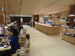 JAL成田空港ファーストクラスラウンジ(追記、3F部分リニューアル完成)
