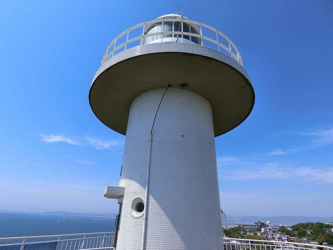 雑賀城跡と、その近くの紀州東照宮へ。<br />その後、雑賀崎へ行き、昼食は黒潮市場にて。<br />表紙写真は雑賀崎灯台。