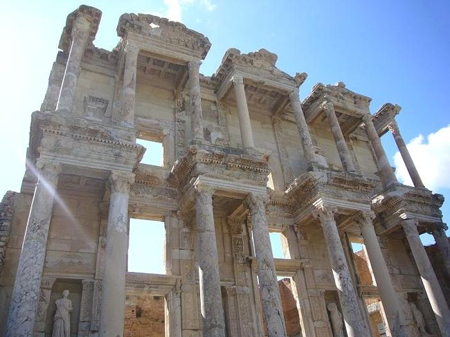 トルコ8日間の旅(3) エフェソス遺跡