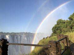 アフリカ8 ビクトリアフォールズ ザンビア   迫力で 肩は並ばぬ  我国の滝