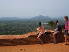 スリランカで岩山に登る旅 #3【シギリヤ・キャンディ編】