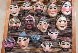 2019春、ウズベキスタン等の旅(9/52):4月24日(7):サマルカンド(8):シャーヒ・ズィンダ廟群、紙漉き工場