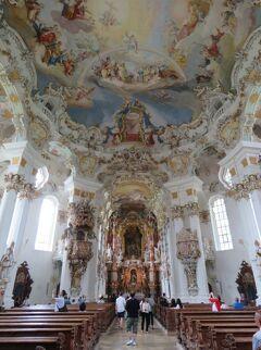 """ヴィース_Wies """"ヴィースの奇跡""""!ドイツ・ロココ建築の最高傑作とされる草原のヴィース教会"""