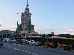 往路ポーランド航空Cクラスで行くバルト三国とポーランド。まずワルシャワ1泊 なんとワルシャワ市内の公共交通機関は70歳以上無料乗り放題。