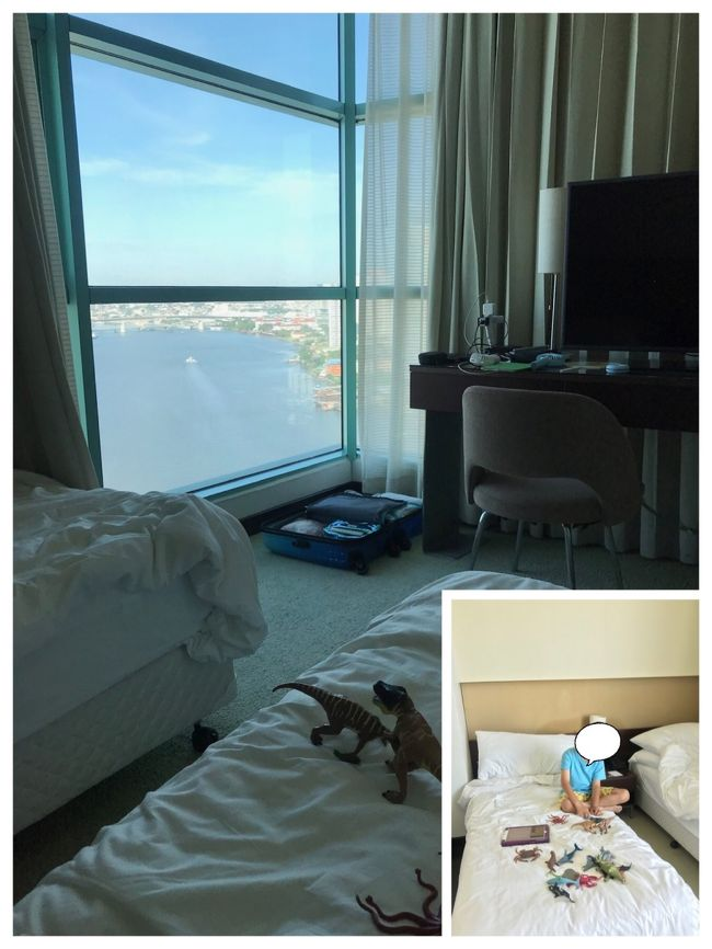 帰国日の朝です。<br /><br />2ベッドルーム <br />家族旅行の 私達には 最高です。<br />しかも エキストラ ベッド 2台も お願いしてます。<br /><br />先に 起きた長男が バァバの部屋で 遊びます<br />カーテンを開けると 快晴の チャオプラヤー川が<br />目の前に かえりたくない &#10083; 本音がでます。<br />