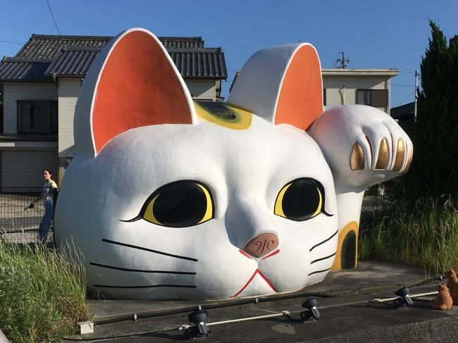 海外ではいつも街歩きするのに、日本では・・・?<br /><br />30年愛知に住んでいながら、初めての常滑お散歩となりました(^^;