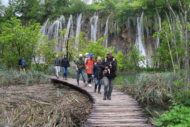 ◎クロアチア(①ザクレブ・プリトヴィツェ湖群国立公園)