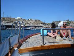 レッドビーチ、ブラックビーチ、ホワイトビーチをボートで一周