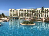 メキシコ『ハイアット ジーヴァ ロスカボス』宿泊記(4)水着に着替えスイムアップバーでプールに浸かりながらカクテルを♪ビーチ、スパ【ZEN】