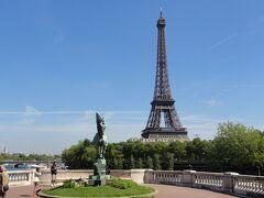 パリを拠点に北フランスを巡る旅【7】さすがのエッフェル塔→アートな丘モンマルトル→駆け足で廻ったルーブル