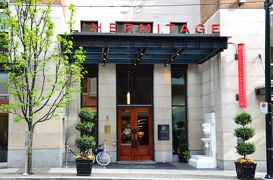 バンクーバーと近郊の島々へ(1)~ロケーションも居心地も抜群のデザインホテル L'Hermitage Hotel&到着日のロブソン通り界隈