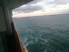 ドイツ・ベルリン近郊ヴァルネミュンデ出港。ノルウェー・オスロまでノンストップ航海。