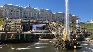 2019年5月 還暦夫婦ロシアへ行く 4日め ペテルゴフ、エルミタージュ美術館新館