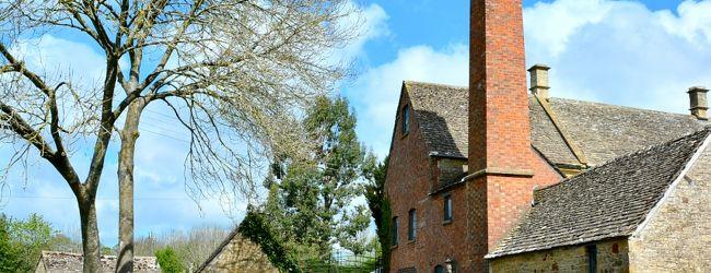 """英国で一番美しい場所""""コッツウォルズ""""村..."""