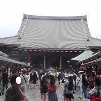 外国人客多数の浅草寺と下町情緒の周辺を探訪