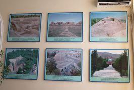 2019春、ウズベキスタン等の旅(22/52):4月25日(8):ペンジケント(8):ルダーキー博物館(2):石器