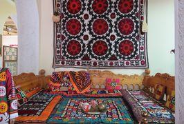 2019春、ウズベキスタン等の旅(26/52):4月25日(12):ペンジケント(12):ルダーキー博物館(6):銅製品、三彩