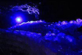 梅雨なのに絶景を探し求めて - 山梨&新潟【2】寒い!鳴沢氷穴、本降りの忍野八海、日本三奇橋の猿橋