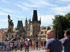 駆け足で巡る中欧5カ国の旅 7 百塔の町麗しのプラハ(カレル橋と旧市街)
