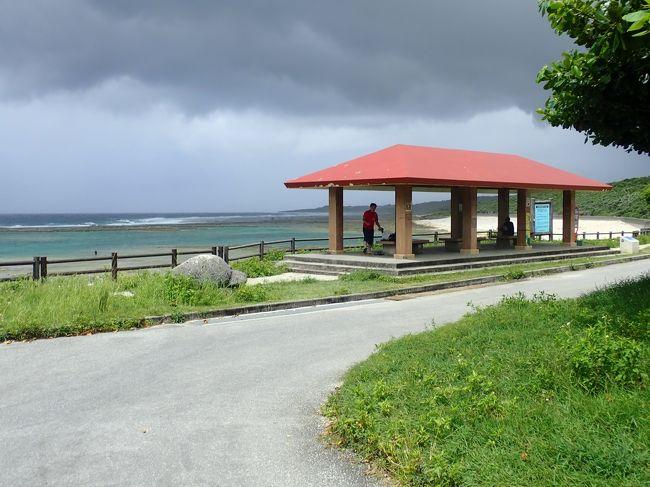 ジョン万ビーチで泳ぎました。<br />引き潮時にはリーフの内側はプールとなり波も無く穏やかなシュノーケリングが楽しめます。<br />台風が近づきちょっと心配しましたが引き潮になると穏やかな海に変わり、楽しむことができました。<br /><br />https://youtu.be/EL-smBj3rpc