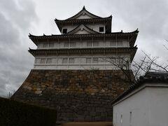 修復中の福山城