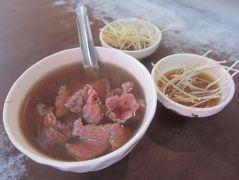 '19 夏の台湾グルメ旅3 台南朝食 六千牛肉湯~茶の魔手~阿堂鹹粥~包成羊肉