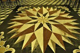 魅惑のシチリア×プーリア♪ Vol.37 ☆イタリア美しき村「カストロレアーレ」:大聖堂の美しい大理石床♪