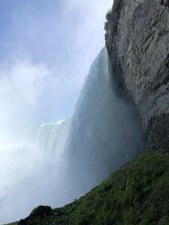 2018年夏、カナダ旅行(前編) ナイアガラの滝に打たれ