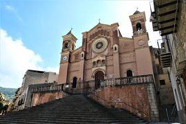 魅惑のシチリア×プーリア♪ Vol.58 ☆コッレザーノ:ピンク色のコッレザーノ大聖堂♪