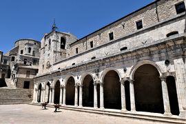 魅惑のシチリア×プーリア♪ Vol.72 ☆ペトラリア・ソプラーナ:美しい旧市街 大聖堂のポルティコから美しい景観♪