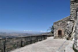 魅惑のシチリア×プーリア♪ Vol.76 ☆ペトラリア・ソプラーナ:ロレート教会からポポロ広場へ歩く♪