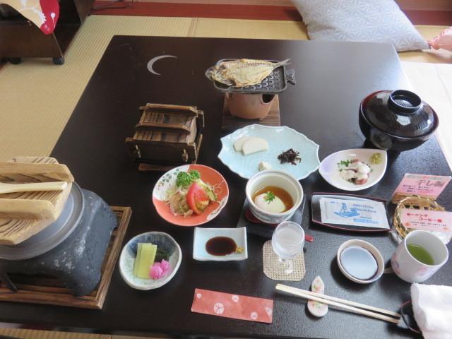 青春18きっぷ温泉旅(4)熱海で迎える朝は温泉と宿の朝ごはん