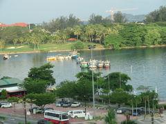 マレーシア 「行った所・見た所」 コタキナバルのプロムナードホテル宿泊と市内レストランでニョニャ料理