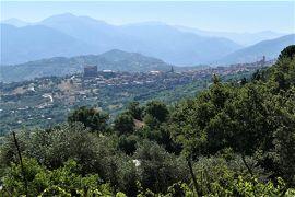 魅惑のシチリア×プーリア♪ Vol.98 ☆美しい村「カステルブオーノ」素晴らしい遠景♪