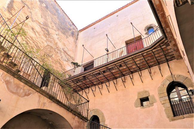 魅惑のシチリア×プーリア♪ Vol.100 ☆カステルブオーノ:ヴェンティミーリア城のパテオ♪