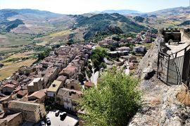 魅惑のシチリア×プーリア♪ Vol.123 ☆イタリア美しき村「スペルリンガ」:スペルリンガ城の天守閣から村を眺めて♪