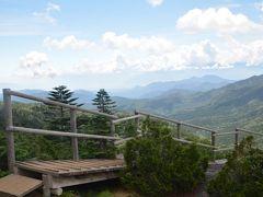 奥多摩湖から笛吹川、大弛峠へツーリングそして「夢の庭園」へハイキング