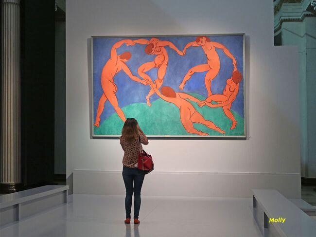 観光の第一日目です。<br /><br />モスクワ観光はまずクレムリンが通常ですが<br />当方はあまり関心がありません。<br />好きな絵画鑑賞へプーシキン美術館へと出かけました。